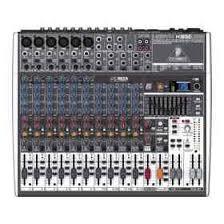 Mesa de Áudio Behringer XENYX 1832FX