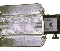 Lowel Tota-Light  T1-10 Tungsten Flood Light (120-240VAC)