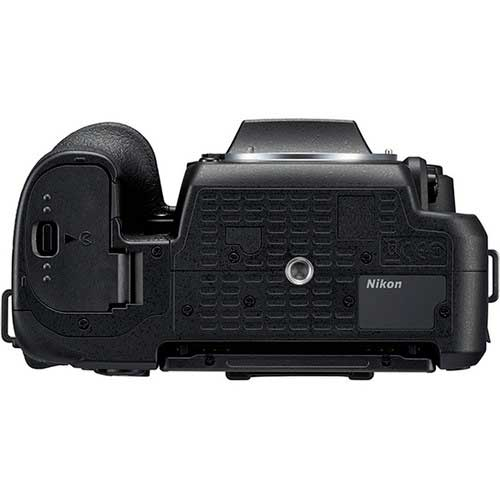 Nikon-D7500-DSLR-Camera-(Body-Only)-4